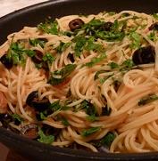 Les spaghetti aux olives noires