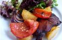 Les hauts de cuisse de poulet rôtis aux légumes du soleil