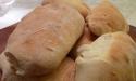 Les petits pains au lait et à la fleur d'oranger, glaçage à la cardamome