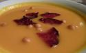 La soupe de courge butternut aux chips de chorizo